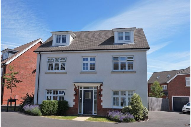 Thumbnail Detached house for sale in Brook Gardens, Devizes