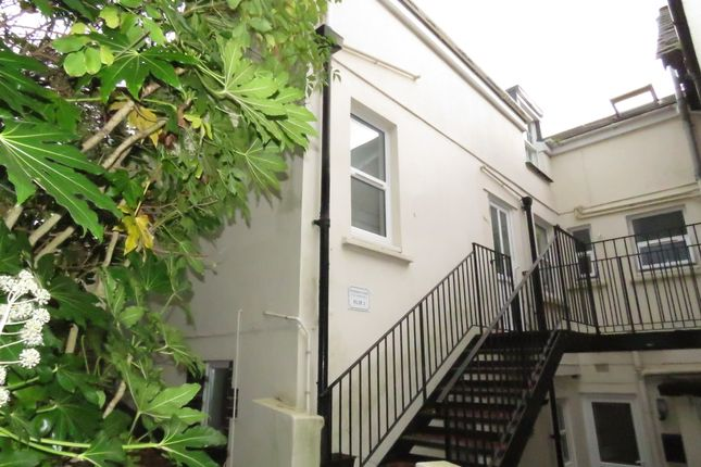Thumbnail Flat to rent in Windsor Court, 97 St David's Hill, Exeter