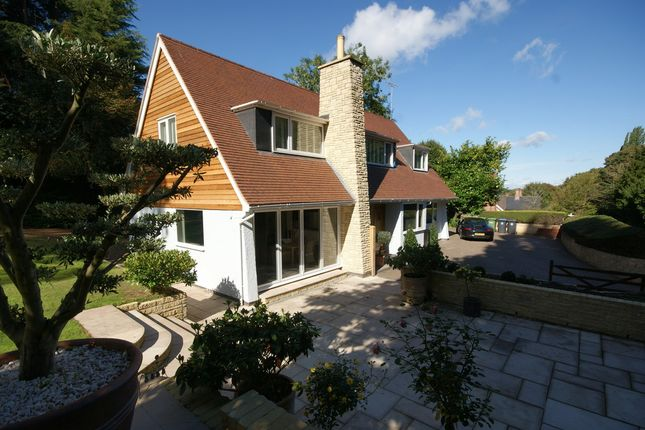 Thumbnail Detached house for sale in Whitehorse Hill, Snitterfield, Stratford-Upon-Avon