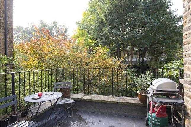 Terrace of Farleigh Road, London N16