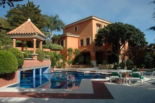Thumbnail Property for sale in Mijas, Fuengirola, Js16-01