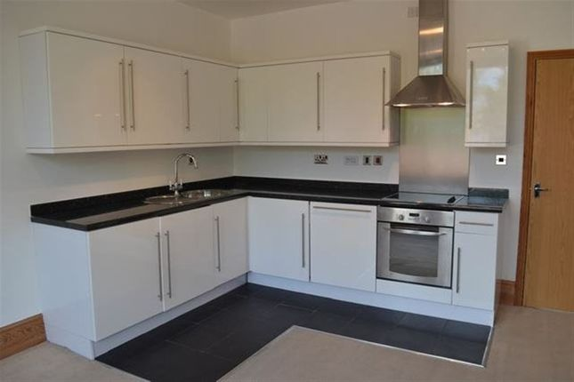 Thumbnail Flat to rent in Cheltenham Road, Gloucester