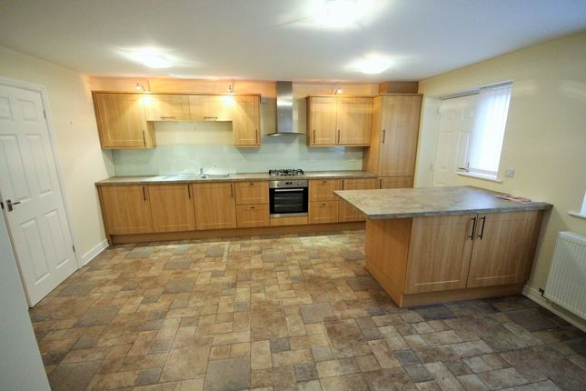 Kitchen of Tinker Lane, Hoyland, Barnsley S74