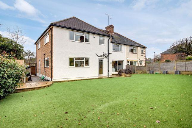 Photo 2 of Trentwood Side, Enfield EN2