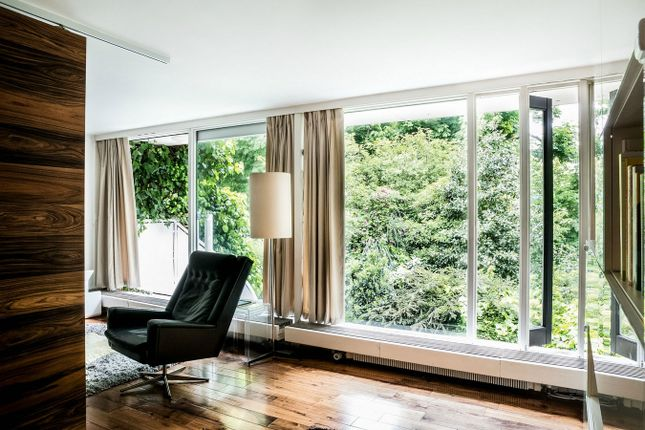 Photo of Spedan Close, Branch Hill Estate, London NW3