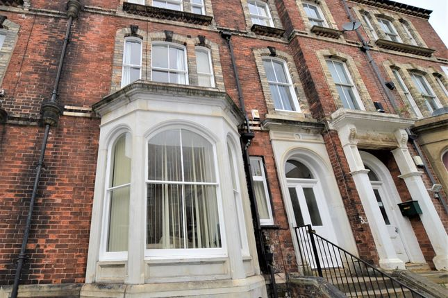 Thumbnail Shared accommodation to rent in Cromer Terrace, Leeds