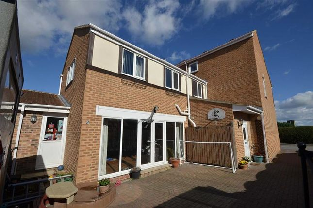 Thumbnail Detached house for sale in Womersley Road, Knottingley