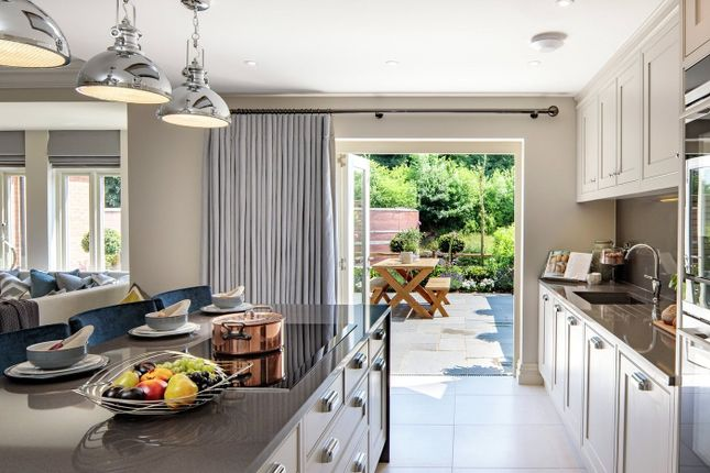 Thumbnail Property for sale in Laychequers Meadow, Taplow, Buckinghamshire