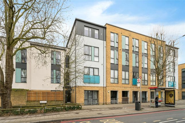 1 bed flat to rent in Lower Richmond Road, Richmond TW9