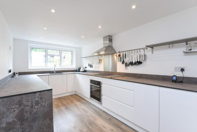 Thumbnail Semi-detached house to rent in Moxon Street, Barnet