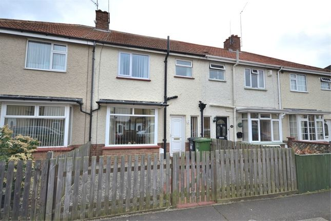 Thumbnail Terraced house for sale in Methuen Avenue, King's Lynn
