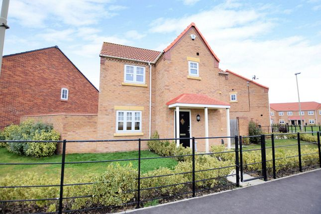 Thumbnail Detached house for sale in Redfield Way, Eastfield, Scarborough