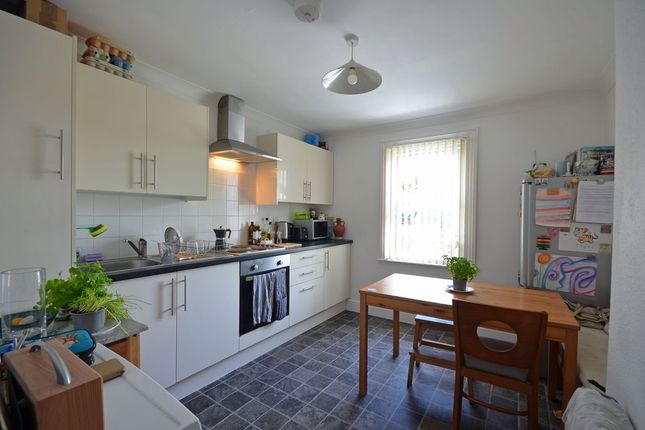 Kitchen of Western Road, Tring HP23