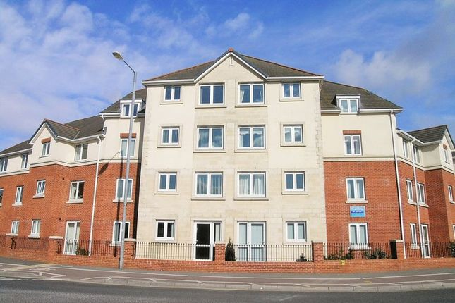 Thumbnail Flat to rent in Victoria Avenue, Chard
