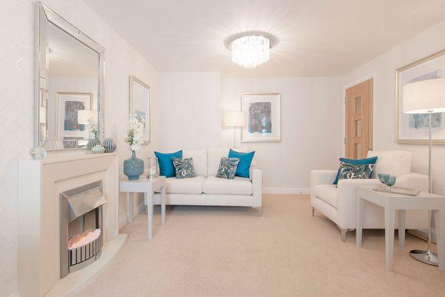 2 bedroom bungalow for sale in Bath Road, Devizes