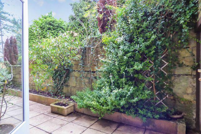 Terrace 2 of Edge Of Sydney Gardens, Central Bath BA2