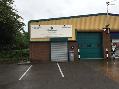 Thumbnail Light industrial to let in Unit 6, Oakfield Trading Estate, Altrincham