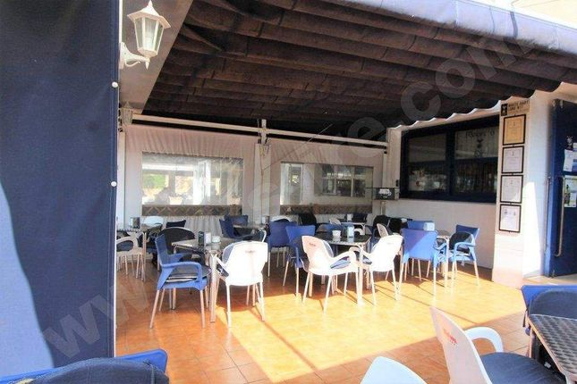 Commercial property for sale in Cabo Roig, Spain