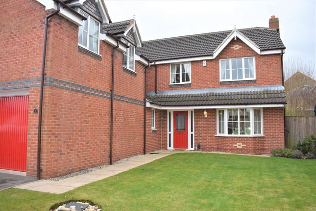 5 bed detached house to rent in Lavery Close, Ossett WF5