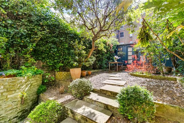 Picture No. 48 of Earls Court Gardens, London SW5