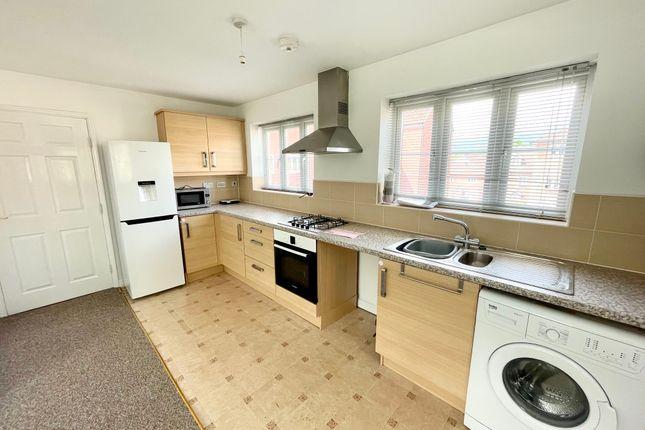 Thumbnail Flat to rent in Blaen Bran Close, Pontnewydd, Cwmbran