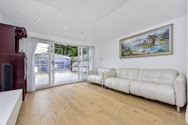 Thumbnail Terraced house for sale in Wearside Road, Lewisham