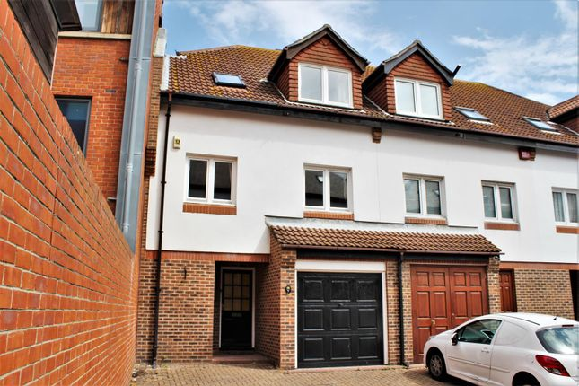 Thumbnail Town house for sale in Broad Street, Portsmouth