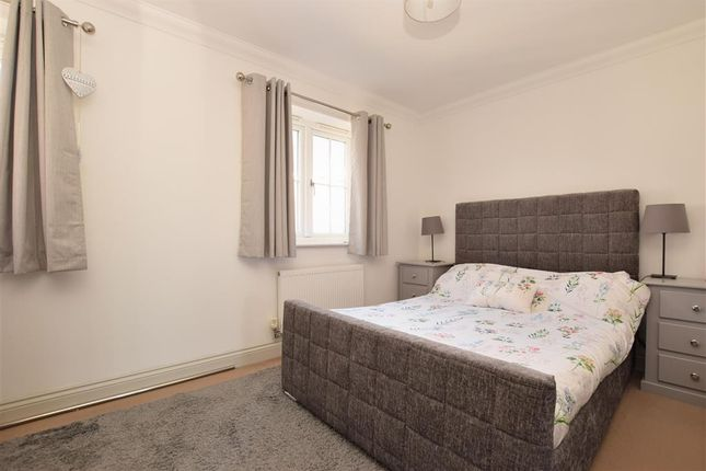 Bedroom 1 of Lincoln Way, Crowborough, East Sussex TN6
