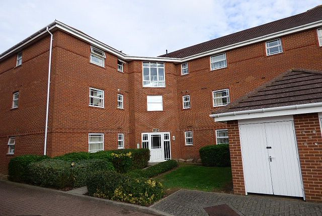 Thumbnail Flat to rent in William Panter Court, Eastleigh