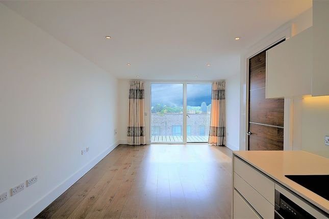 Thumbnail Flat for sale in Wallace Court, Kidbrooke Village