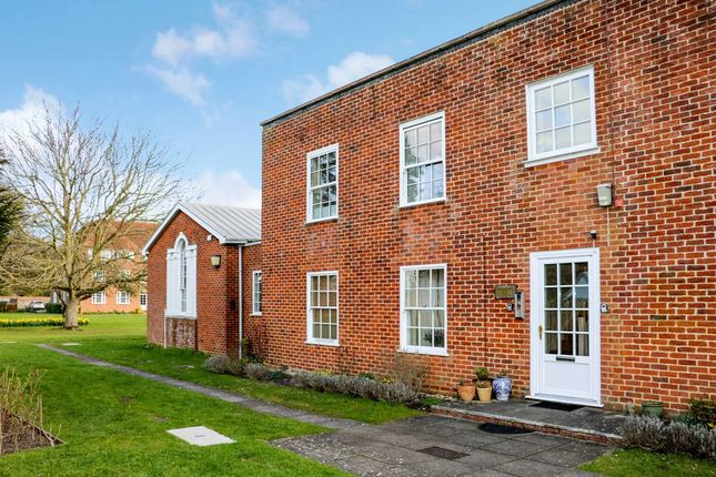 2 bed flat for sale in The Close, Salisbury SP1