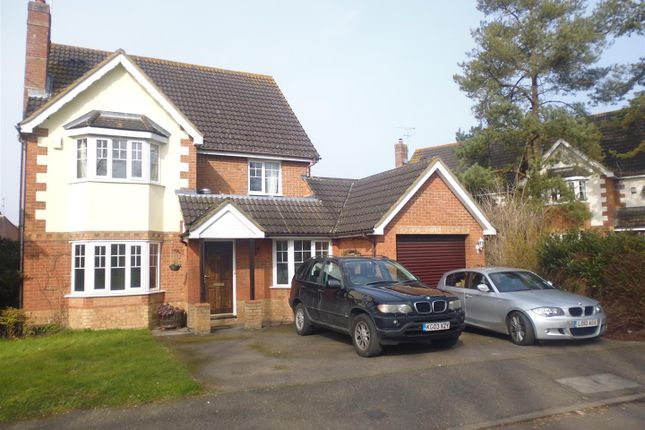 Thumbnail Detached house to rent in Whitehead Way, Aylesbury