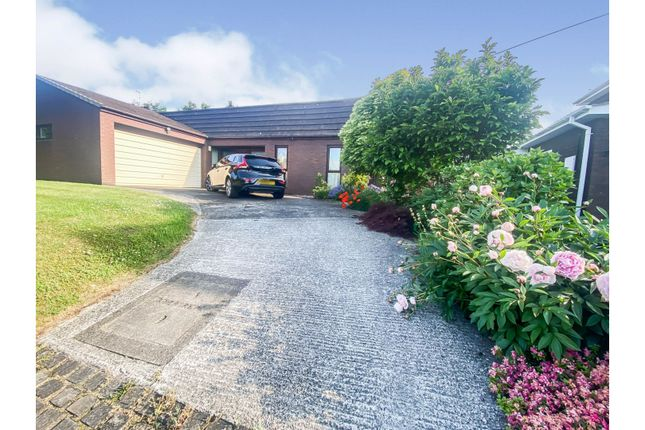 Thumbnail Bungalow for sale in Manor Farm Close, Chester