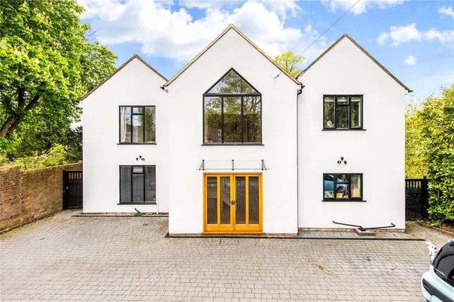 Thumbnail Detached house for sale in Harpenden Road, St. Albans, Hertfordshire