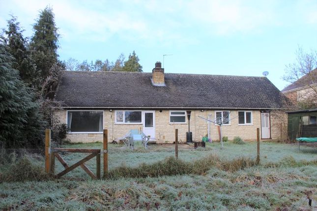 3 bed bungalow to rent in Bagley Wood Road, Kennington OX1