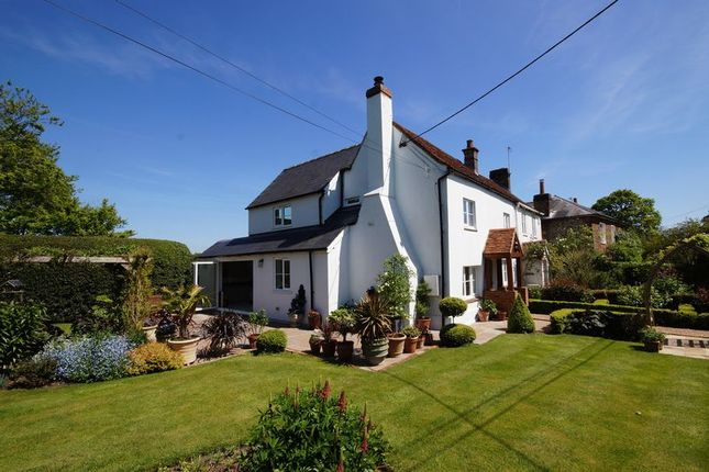 Thumbnail Semi-detached house for sale in Potter Row, Great Missenden