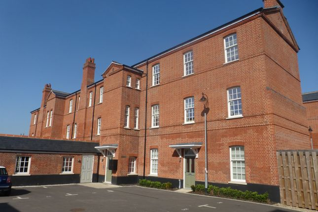 Thumbnail Flat for sale in St. Marys Close, Great Baddow, Chelmsford
