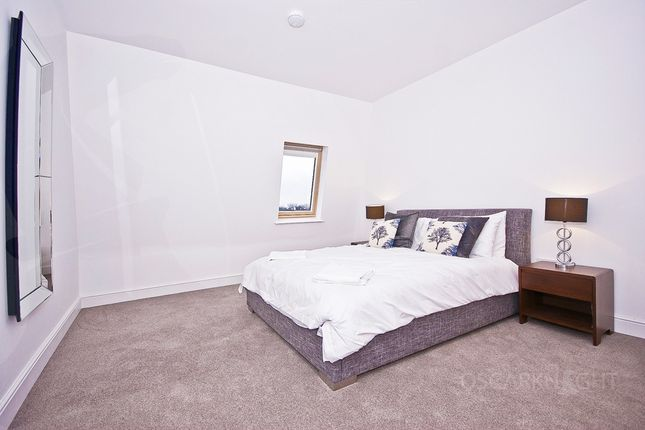 Bedroom of Warple Way, Acton W3