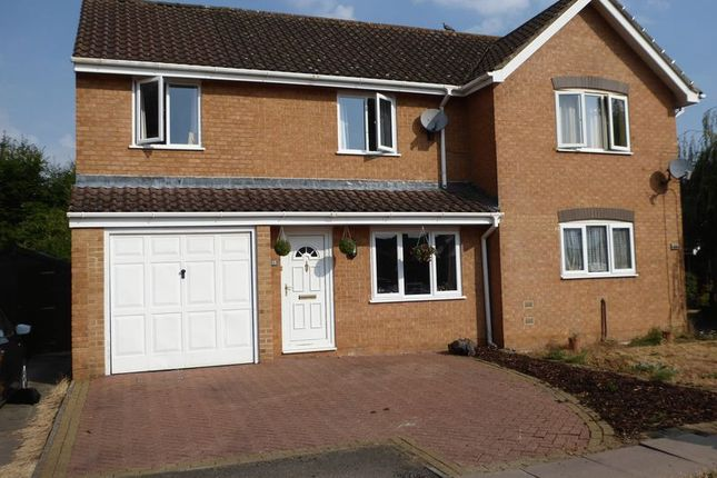 3 Bed Semi Detached House For Sale In Banks Furlong Chesterton