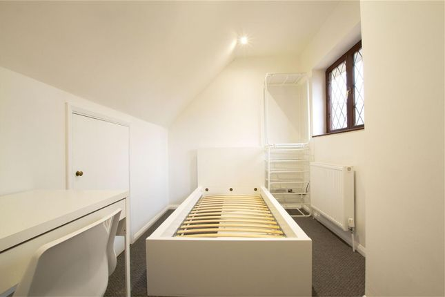 Thumbnail Property to rent in Ferrers Avenue, West Drayton