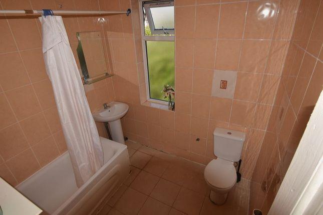 Thumbnail Flat to rent in Green Lane, Ilford/Seven Kings