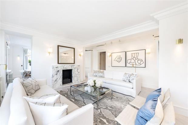 2 bed flat for sale in Ovington Gardens, Knightsbridge, London