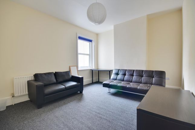 Thumbnail Flat to rent in High Street, Uxbridge, Middlesex