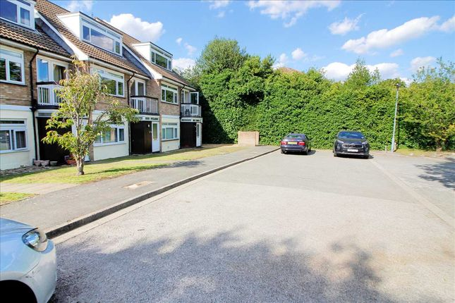 Parking of St Peters Close, Bushey WD23