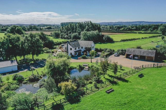 Thumbnail Equestrian property for sale in Bandalls Lane, Barrow Upon Soar, Loughborough, Leicestershire