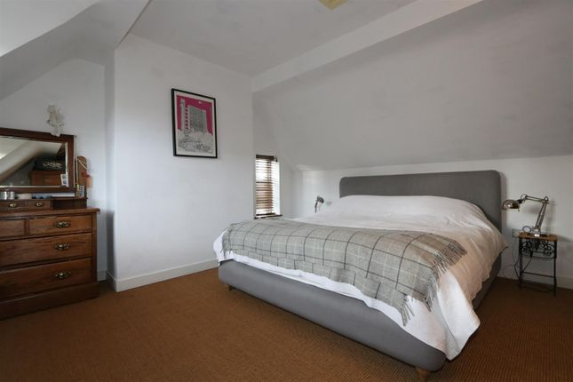 Bedroomed Cottage With Wet Room