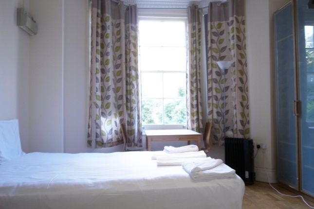 Studio in  St Petersburgh Place  Bayswater  London West London