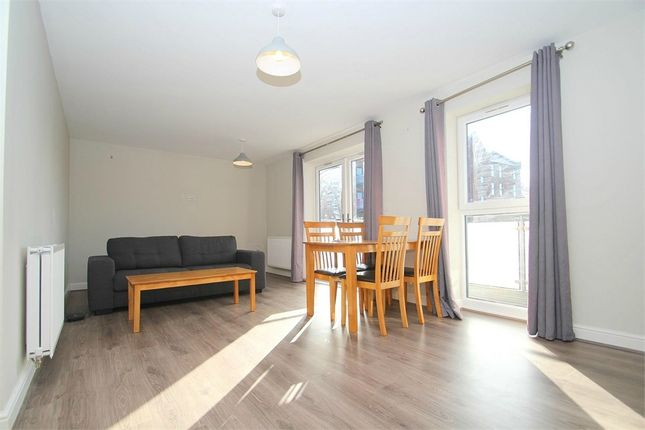 Thumbnail Flat to rent in Otter Way, Yiewsley, West Drayton