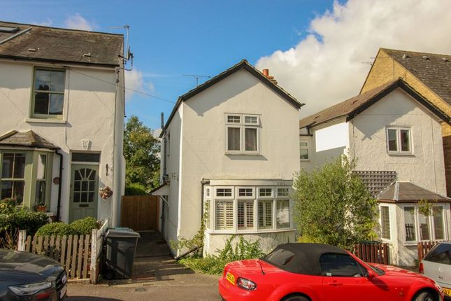 Detached house in  Puller Road  Barnet  Watford