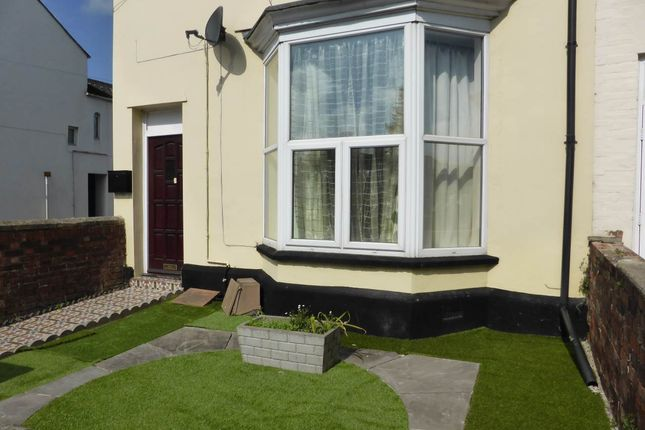 Thumbnail Flat to rent in Cheddon Road, Taunton